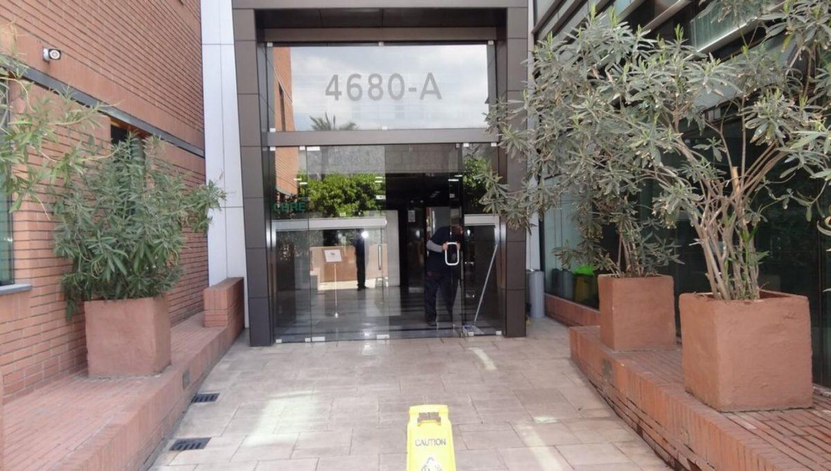 Arriendo oficina ciudad empresarial DSC00434 (Copiar)