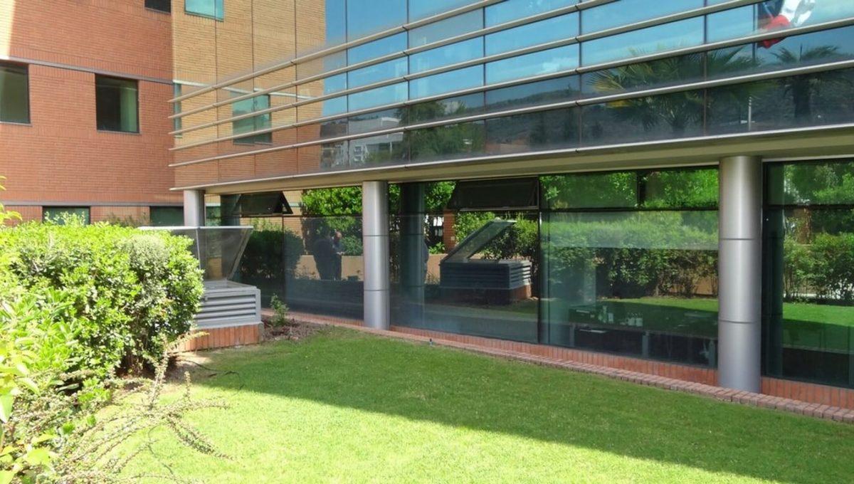 Arriendo oficina ciudad empresarial DSC00435 (Copiar)